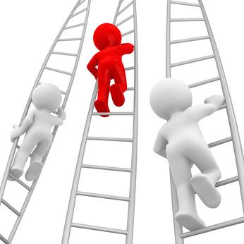 imagen con personas subiendo una escalera